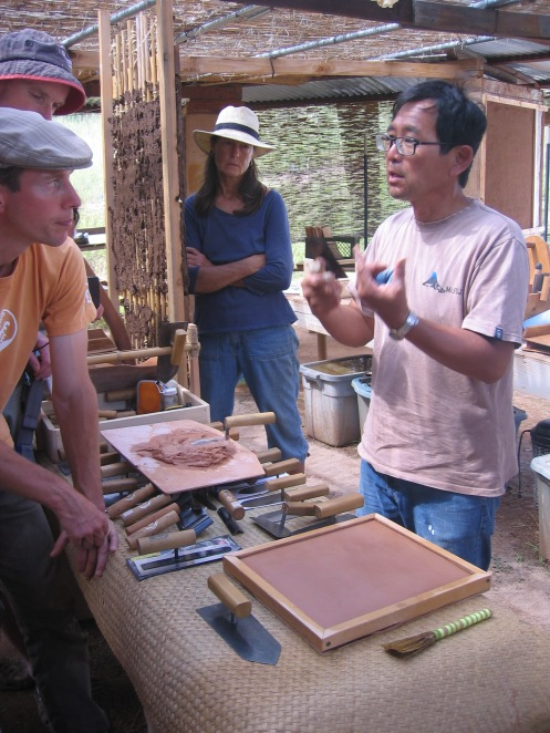 The Fine Art ofJapanese Plaster Workshop, September 2012, was a rare opportunity to learn from Takao Kobayashi,one of Japan's few remaining clay and lime craftsmen noted for his ornamental polished plasters and Kamado clay ovens.